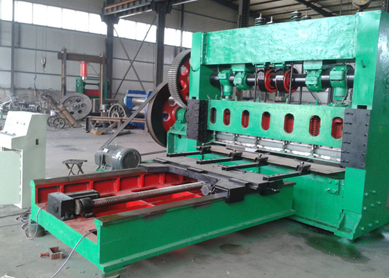 China 15KW Wire Mesh Machine , Expanded Metal Lath Machine Working Width Up To 4 M factory