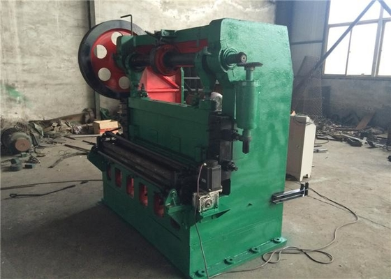 China Green Expanded Mesh Making Machine 220 / 380 Voltage 52 / Min Working Speed factory
